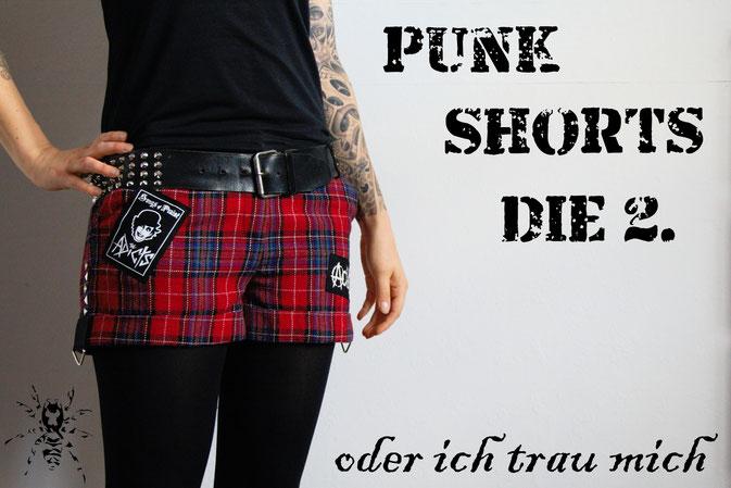 Punk Shorts die 2. der ich trau mich - Tartan Hot Pants und Bodypositivity - Zebraspider DIY Blog