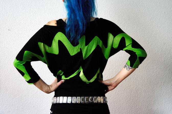 Fledermaus-Shirt in schwarz und lime - Zebraspider