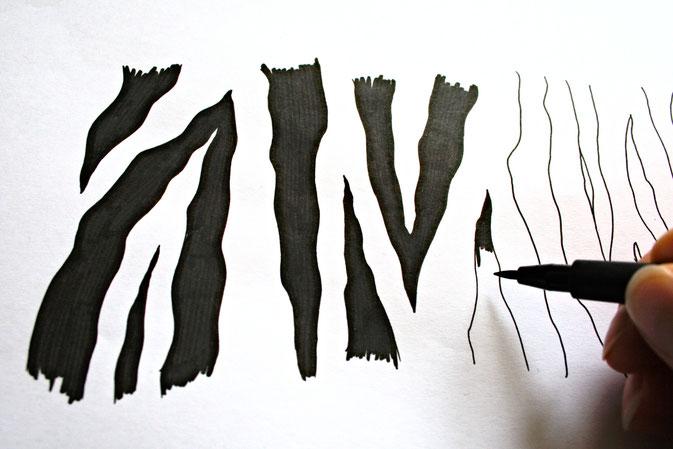 Zebramuster malen Schritt für Schritt - Streifen ausmalen - Zebraspider DIY Blog