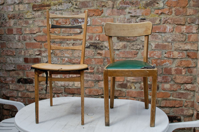 Leo-/Zebrafellstühle - Stühle vorher - Zebraspider DIY Blog