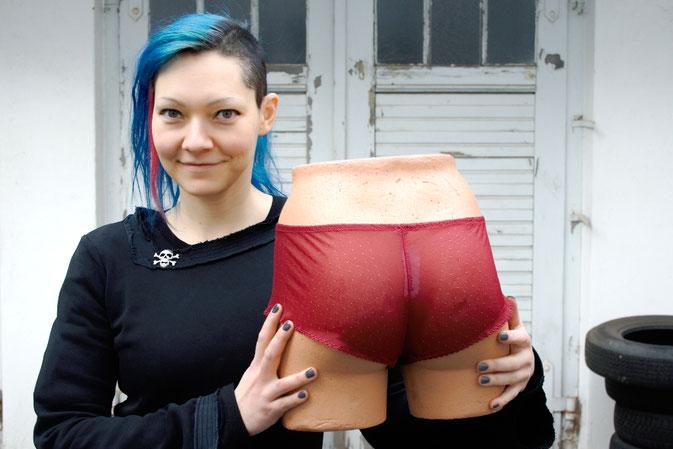 ParaNoire - Lizzie Surprise Panty - Zebraspider DIY Blog