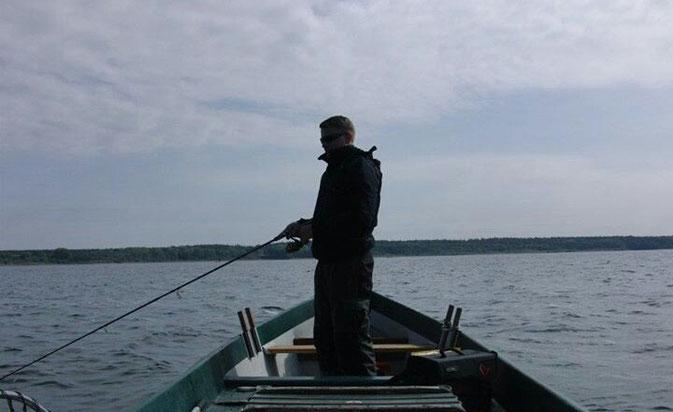 """Mietboot """"Stör"""" der Müritzfischer"""