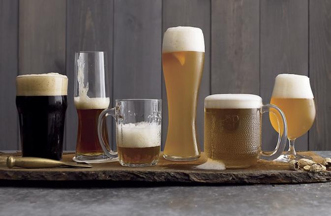 """""""cerveza"""",""""cada cerveza en su copa"""""""