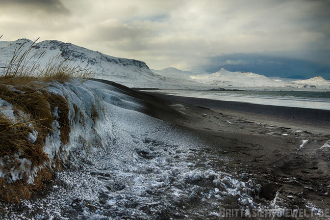 grundarfjördur,berg,snaefellsnes,island,iceland,winter,february,west,car,snow,tipps,beach,black,dunes