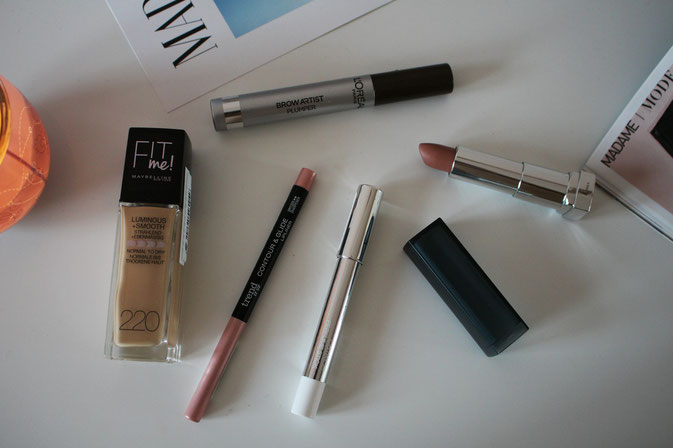 Bild: DM Haul, Fit me Foundation, L`Oreal Brow Artist Plumper, Catrice Perfume Stick, Trend it Up Lipliner,  Maybelline Color Sensational Creamy Matte Lippenstift,