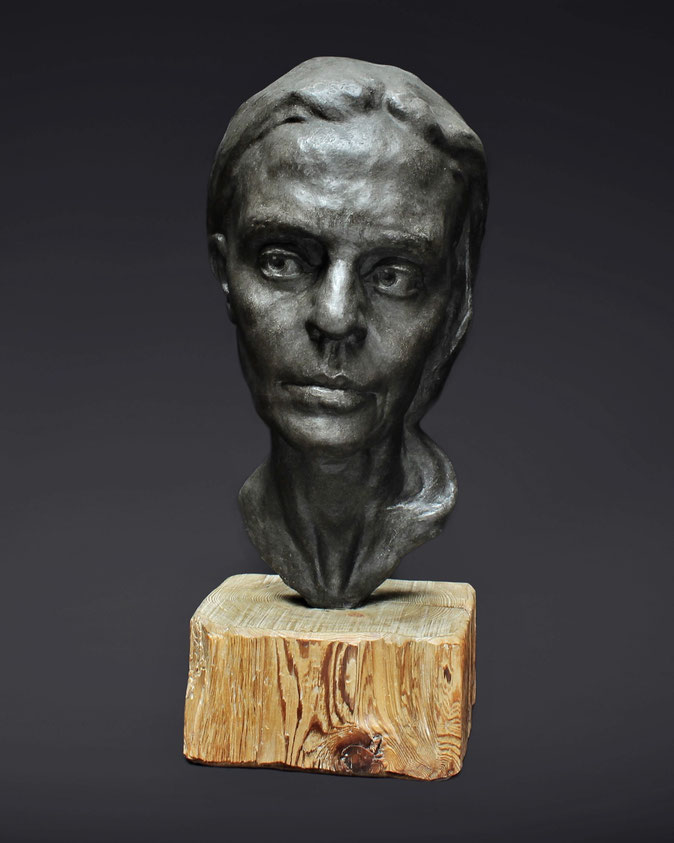 """Gaia"", resin sculpture by Alexandra Slava"