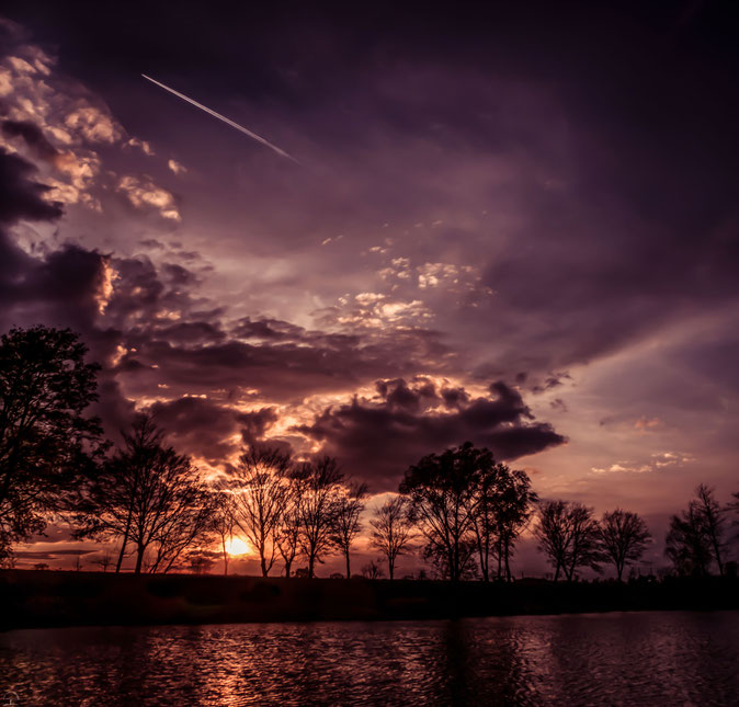 Ein farbenfroher Sonnenuntergang