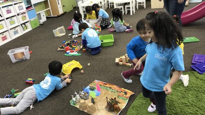 Learning Centers:ラーニングセンター Osaka Japan Olive Tree International Christian School 吹田市江坂 オリーブツリーインターナショナル