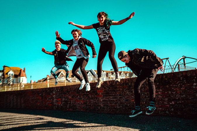 """Kultiger Punkrock aus London: Die Band Wonk Unit wird im kommenden Jahr beim """"Querbeat Festival"""" in Unterwaldhausen loslegen. Foto: Promo"""