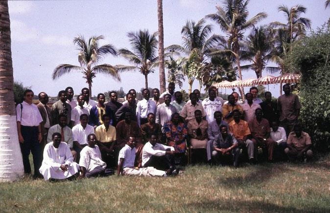 CITES Ausbildungsseminar in Senegal (Dakar), 1993. Teilnehmer sind die CITES-Verantwortlichen aus den westafrikanischen CITES-Mitgliedstaaten