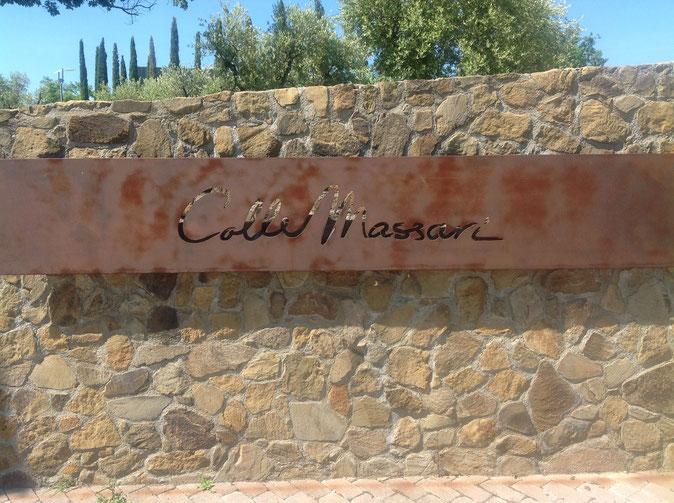Collemassari, azienda vitinicola a Cinigiano, che produce vino Montecucco, Bolgheri e Brunello di Montalcino. Foto blog Etesiaca