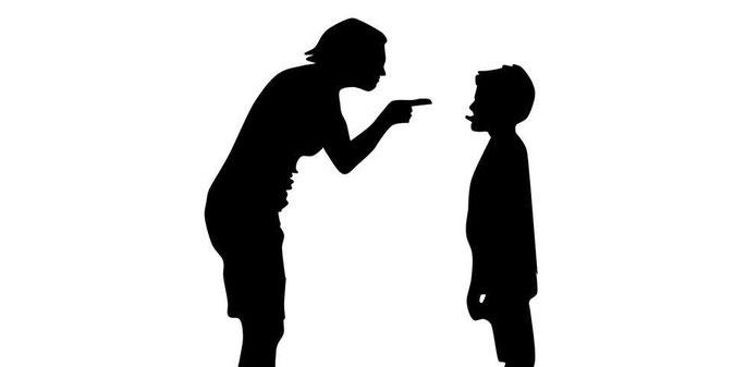 Lehrer bestraft Schüler