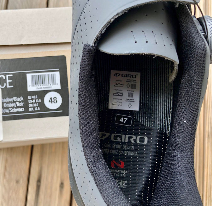 Wir hatten den Schuh in Größe 48 bestellt, so wie auf der Verpackung abgebildet.  Doch geliefert wurde er in 47.
