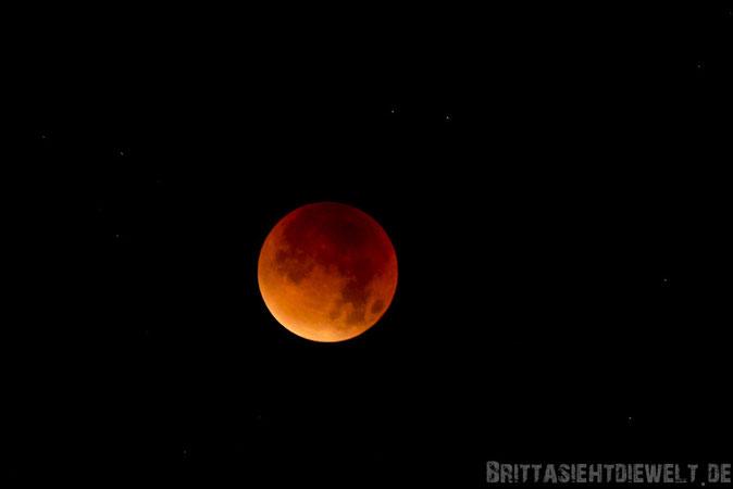 Blutmond, Mond, Mondfinsternis, roter, rot, September, 2015, Arnsberg, Möhnesee, Hefebecken, Nacht, Himmel, Nachthimmel.