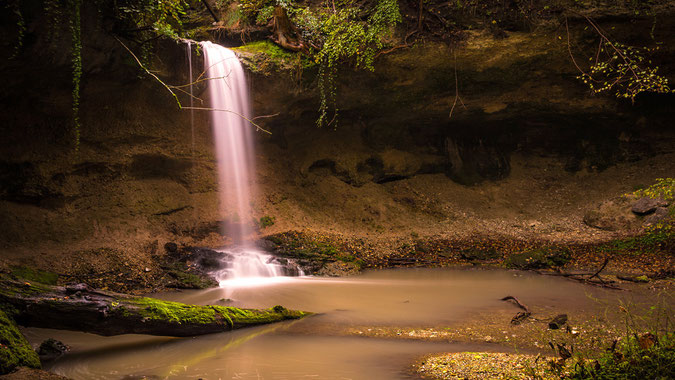 """""""The magical waterfall"""" - Der Wasserfall des Kienbachs unterhalb des Kloster Andechs ist schon wirklich eine geile Location...sehr sehenswert!!! Aufgenommen Anfang Oktober an einem sehr regnerischen Herbsttag."""