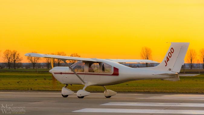 Mit diesem Flugzeug gings einen Tag vor Heilig Abend im Sonnenuntergang über das schöne Oberbayern.
