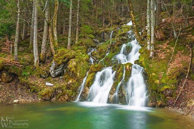 Das Paradies gefunden. Wasserfall oberhalb des Berggasthof Rosengasse.