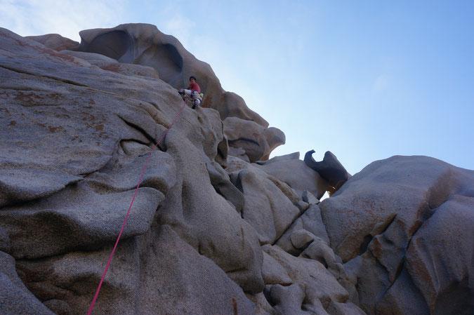 Un granit improbable dans le nord de la Sardaigne à Cala Spinosa