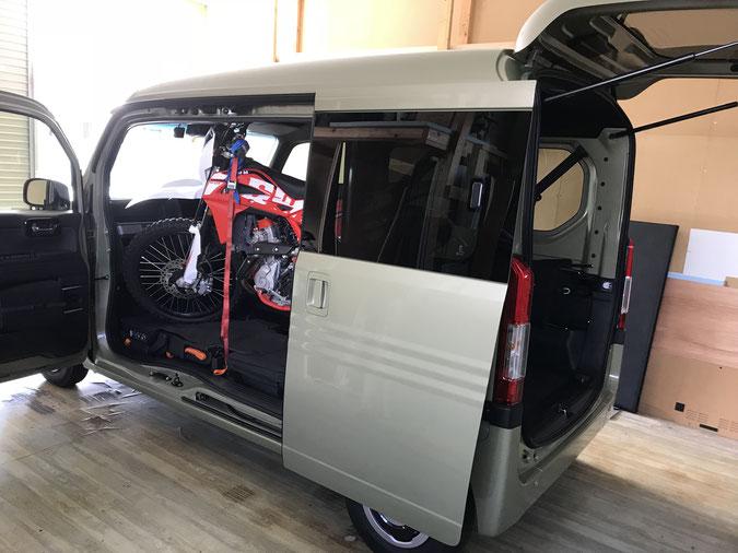 ホンダ N-VAN トランポ バイク積載 ダートスポーツ N-VAN キャンピング 車中泊