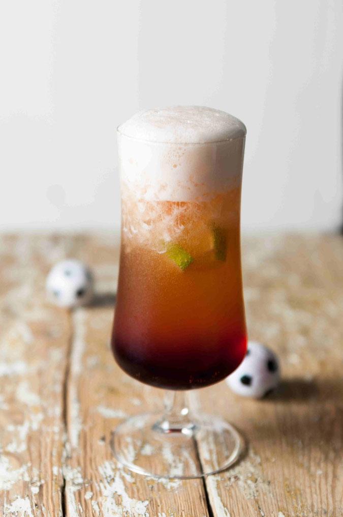 Bierbrause mit Ginger Ale, Gernadine, Eiswürfeln, Thermomix, Sommergetränk