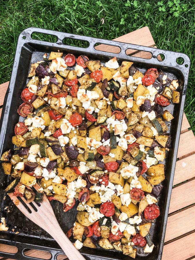 Kartoffel Gemüse vom Blech, mit Würzmischung als Marinade, Würzmischung kann auf Vorrat hergestellt werden, schnell und einfach