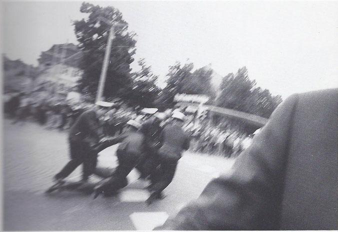 Drei Fotos vom Sit-In auf dem Schönleinsplatz in Bamberg, 29. Juni 1968. Fotos: Werner Kohn