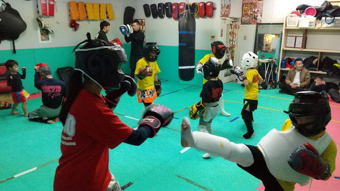 空手teamYAMATO 空手で精神と肉体を鍛えよう。