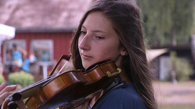 Geigenspielerin MV Konzert Violine