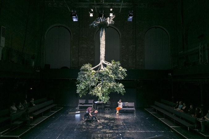 Szene aus URTEILE des Residenztheater München