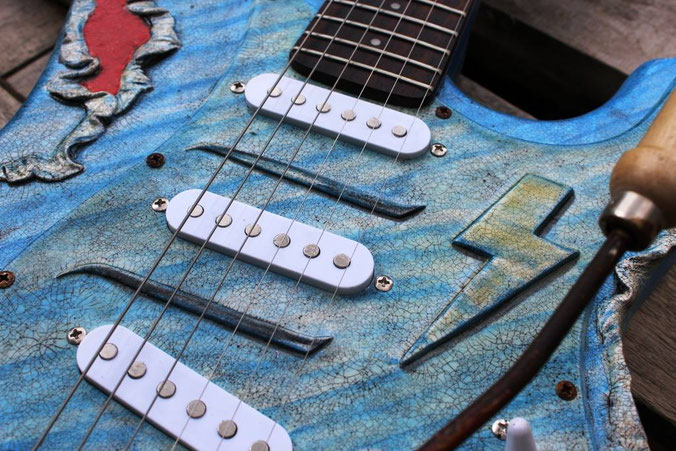 gitarre feuer