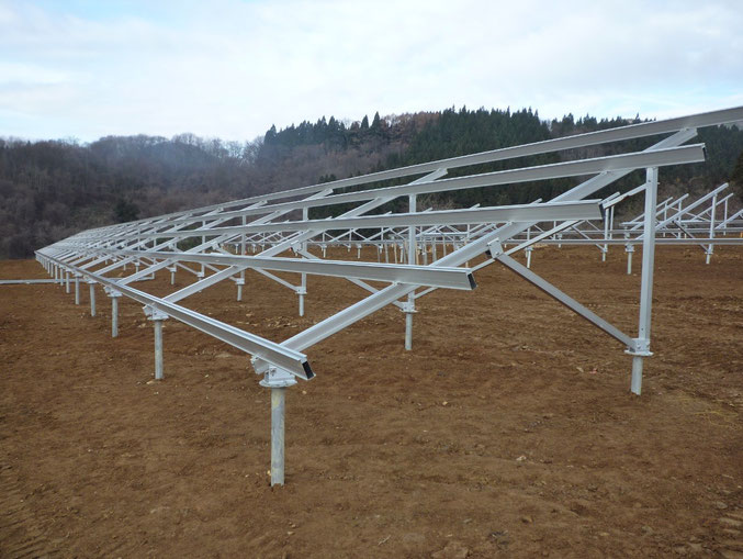 盛岡 1MW太陽光発電架台実績写真