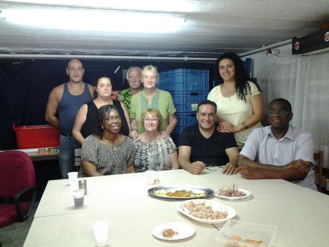 Une partie des bénévoles de notre ASBL avec Fernande et Jean-Marie