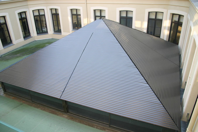 Pyramide, Bank Credit Agricole, Lille