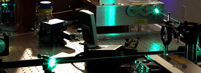 Laser für Microlöcher und Microbearbeitung