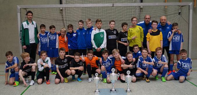 Die 3 Siegerteams: 1. SV Falkensee-Finkenkrug, 2. TSV Hagenburg Team NLS, 3. TSV Hagenburg Team JZ