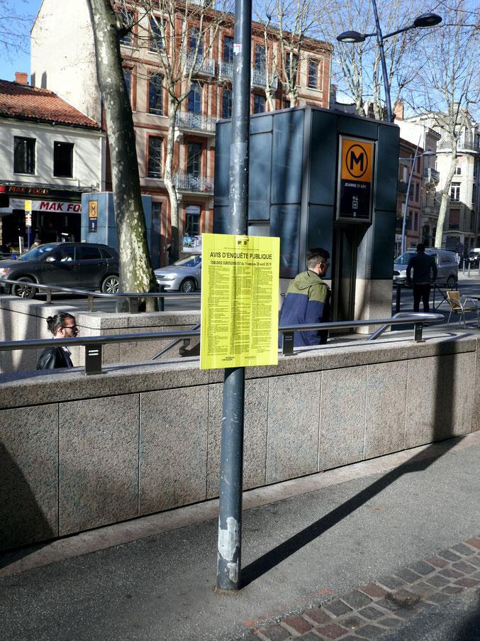 Un seul avis sur le boulevard pour l'enquête publique: souci d'économie ou de discrétion?