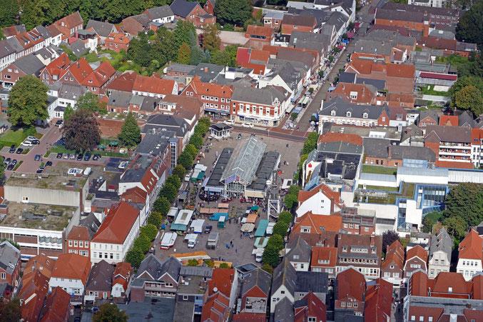 Auricher Marktplatz mit Norder Strasse