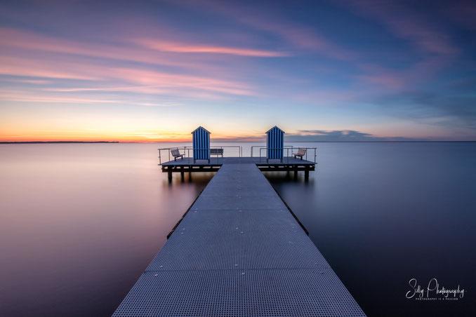 Stein, Ostsee, Steg, Badehäuschen, Sonnenuntergang, Langzeitbelichtung, 2019, © Silly Photography