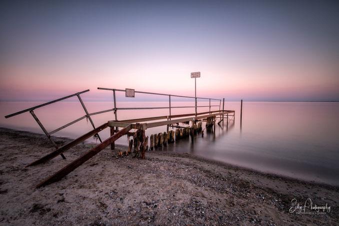 Lensterstrand, / Grömitz, Ostsee, Steg, Sonnenuntergang, Langzeitbelichtung, 2018, © Silly Photography