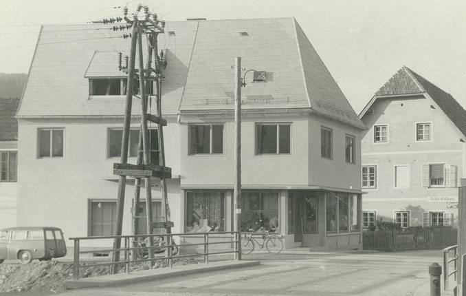 Trachtengeschäft Wernbacher, altes Geschäft