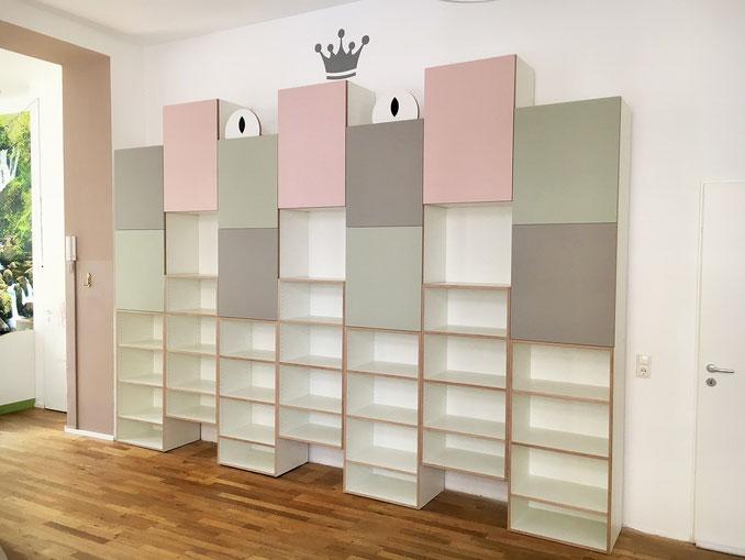 Spieleregal, Holz, Kita, Linoleum, Forbo, Möbel, Köln