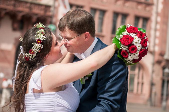 Küssen bei Hochzeitsbildern vermeiden