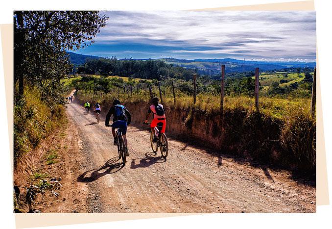 Teamwork Teamevent Team Vertrauen Kommunikation Kooperation Gemeinschaft Aktiv Fahrrad
