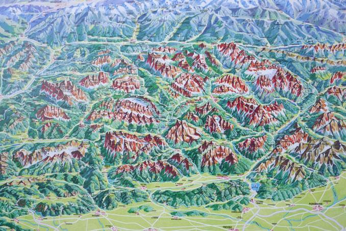 Übersichtskarte Dolomiten