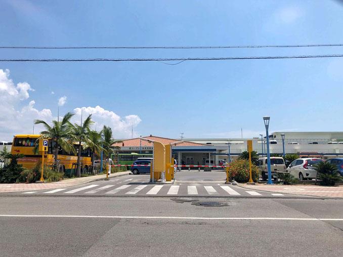 離島ターミナル駐車場