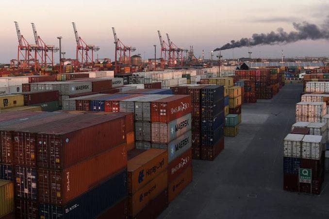 En junio, el comercio generó $5600 millones adicionales con respecto al año anterior Fuente: AFP - Crédito: Juan Mabromata