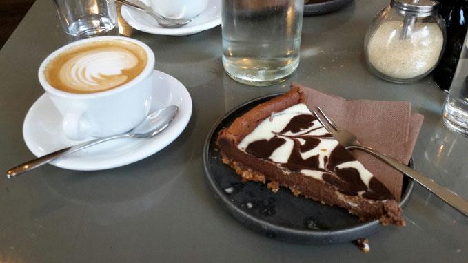 Kaffee Kuchen Occam Deli München