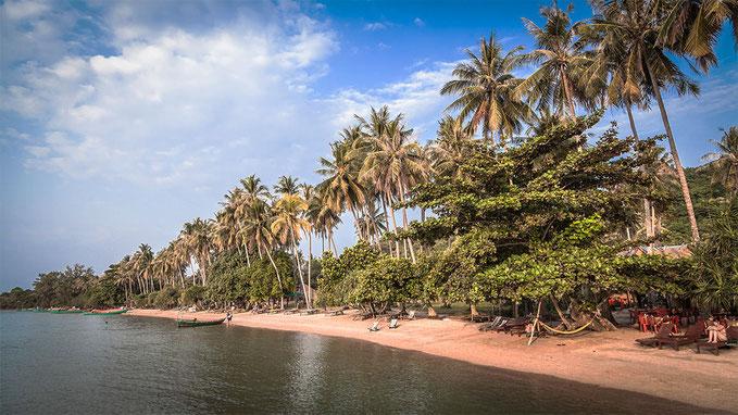 La playa oeste. La única zona abierta al turismo.