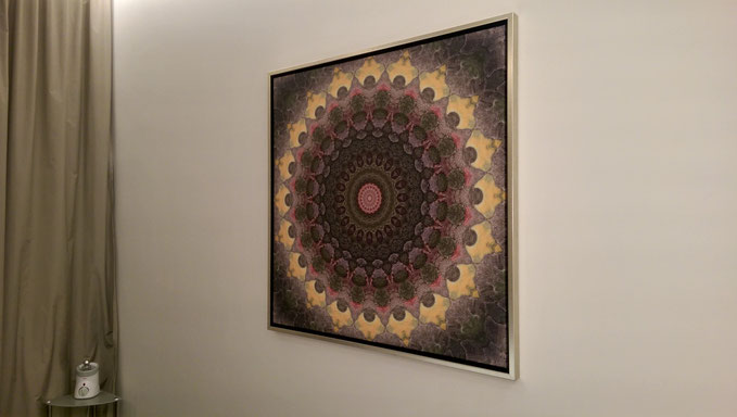 Leinwand mit Gold-Schattenfugenrahmen, 100x100cm