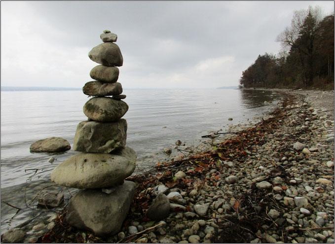 Eindrucksvolle Optik am Ammersee-Ufer.